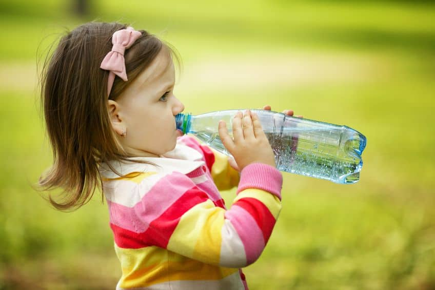 type 1 diabetes - child drinking water